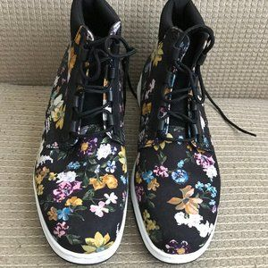Dr.Martens Women's Darcy Floral Newton